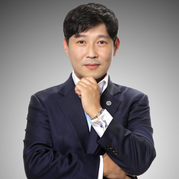 chris yi_O3 debt connect president_1